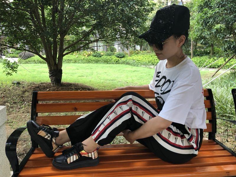 女士韩版增高板鞋女士韩版增高板鞋