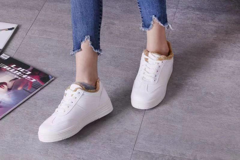 嗨团加绒小白鞋45.jpg