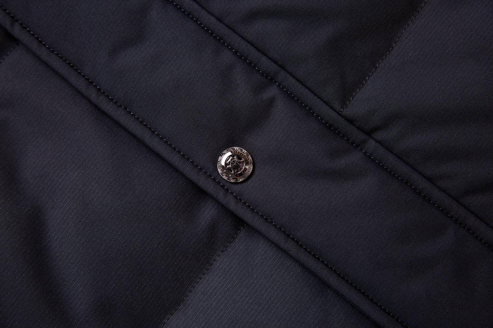 嗨团短款大红鹰羽绒服26.jpg