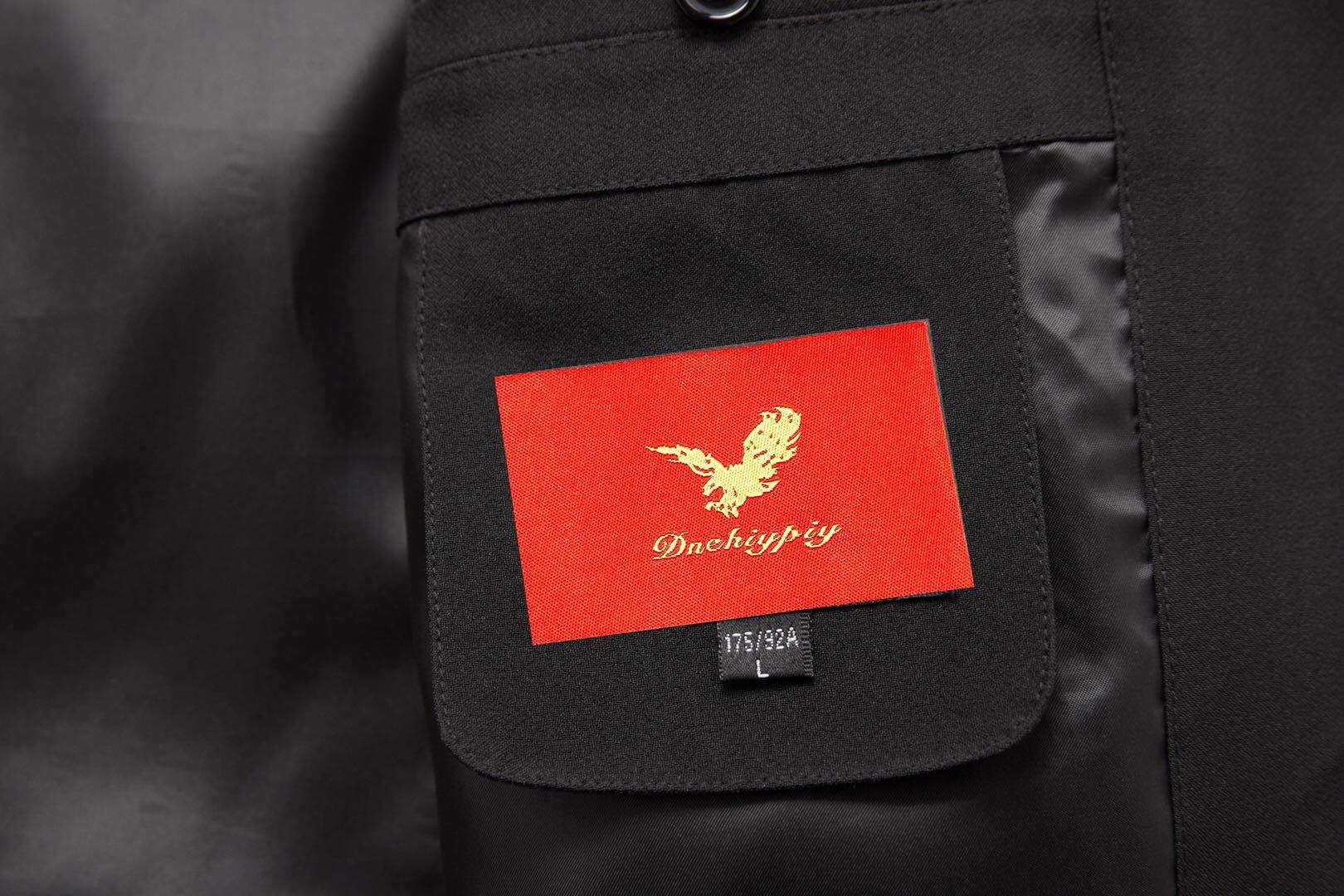 嗨团短款大红鹰羽绒服25.jpg