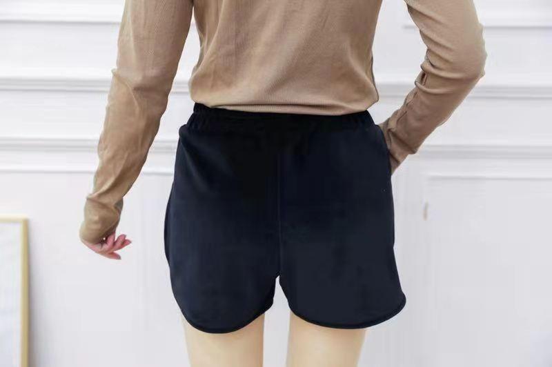 嗨团金丝绒短裤71.jpg