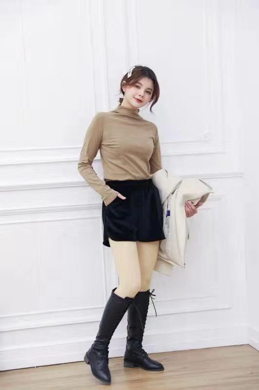 嗨团金丝绒短裤74.jpg